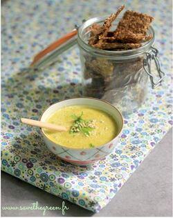 Soupe crue aux carottes, gingembre, coriandre et orange