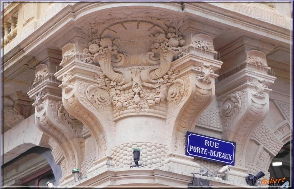 A Bordeaux les MASCARONS !