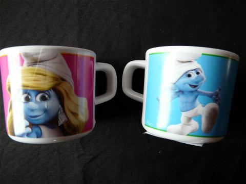 tasses en plastique