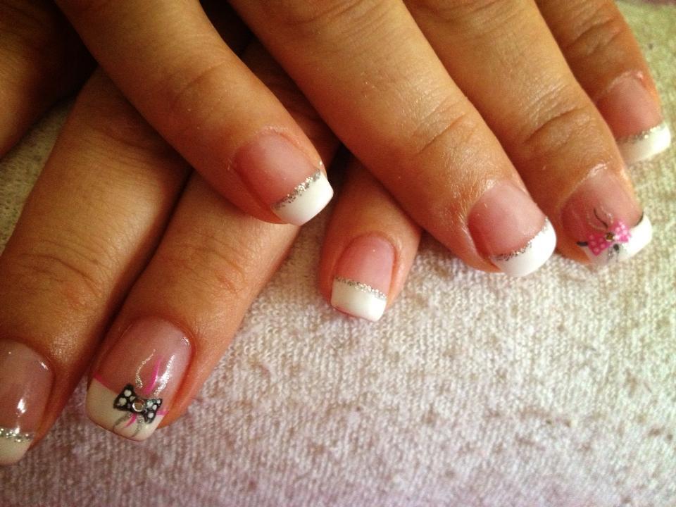 Recouvrement sur ongles naturels sur Christelle V.