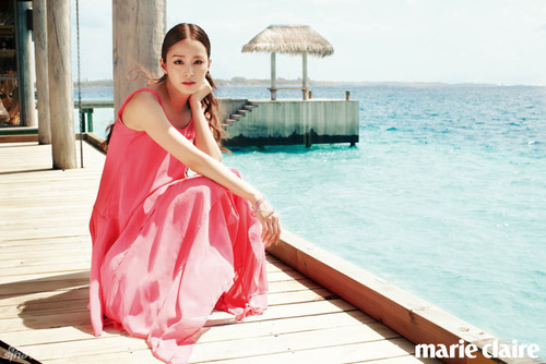 Kim Tae Hee pour Marie Claire