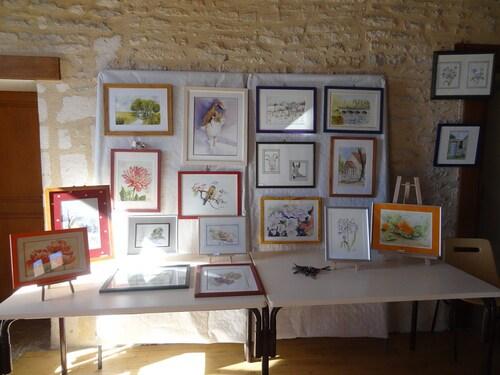 L'exposition des aquarellistes de Villiers le Duc, a eu lieu le jour du Marché Gourmand...