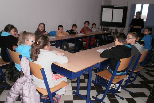 L'information hebdomadaire de l'école par les CM1