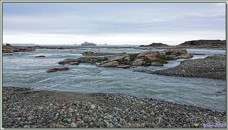 Panoramas sur la calotte glacière et sur l'entrée de Béthune Inlet - Devon Island - Nunavut - Canada