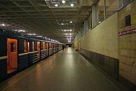 270px-Metro SPB Line1 Devyatkino