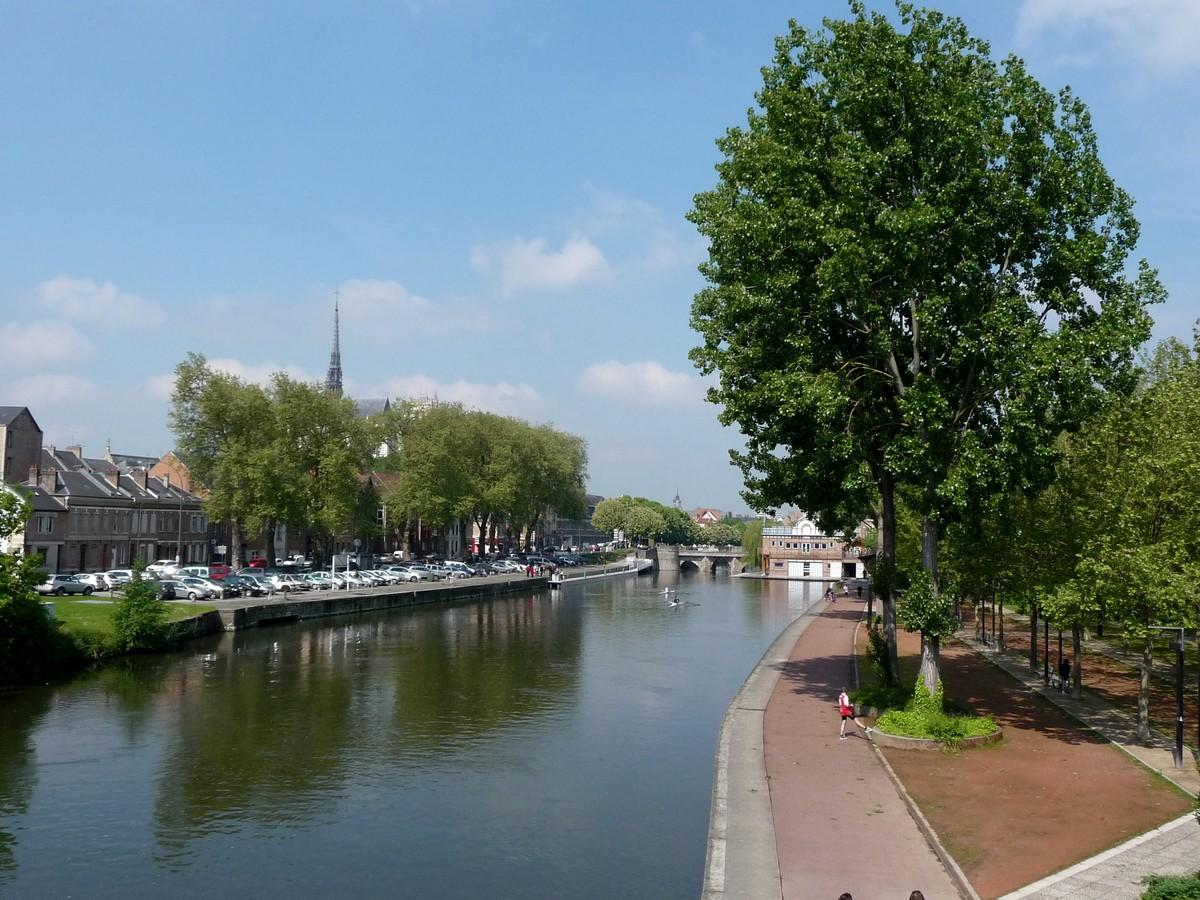 Aux pieds de la Cathédrale d'Amiens
