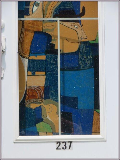 Porte de style Picasso.....;)