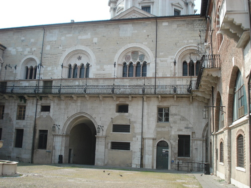 LA VILLE BRECIA  EN ITALIE