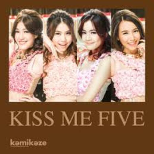 KISS ME FIVE - Sensitive (Clip de Thaïlande)   (Romantique)