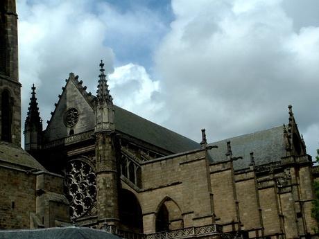 Limoges :Son patrimoine historique, le quartier de la Cité,un ancien lieu médiéval autour de sa Cathédrale