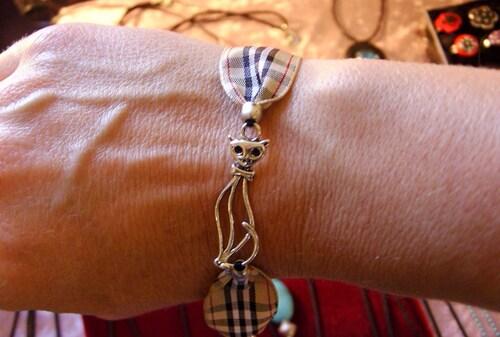 bracelet tissus burberry avec chat