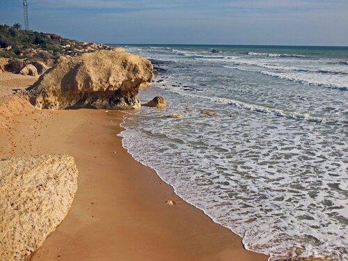 Praia do Galé ...