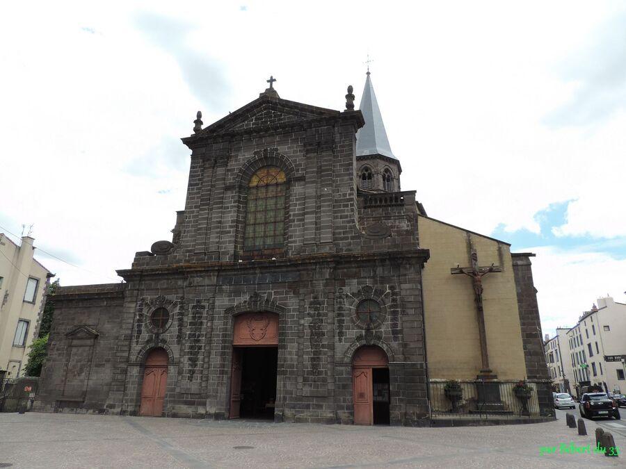 l'Eglise de Riom (63)