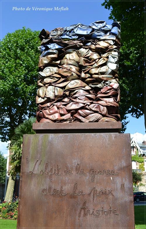 Ville de Rambouillet : La colonne du Souvenir de Anne Deltour