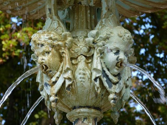 Fontaine du quai Félix Maréchal 5 Marc de Metz 2011