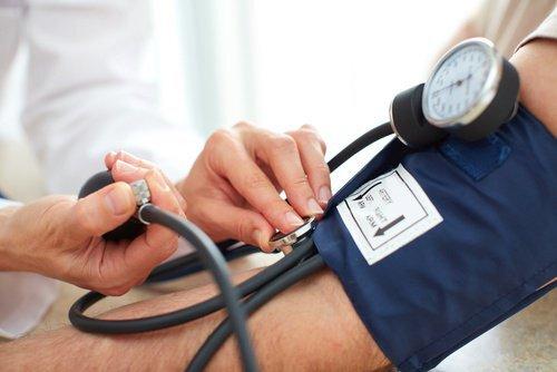 reguler-la-pression-arterielle-500x334