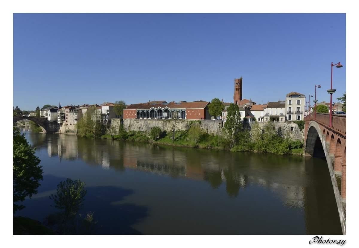 Villeneuve sur Lot - Lot et Garonne - Aquitaine - 9 Avril 2014