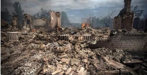 Ukraine-village-detruit-par-Kiev.jpg