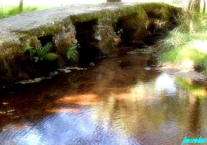 Haute Vienne , Ce petit pont classé perdu dans les fonds