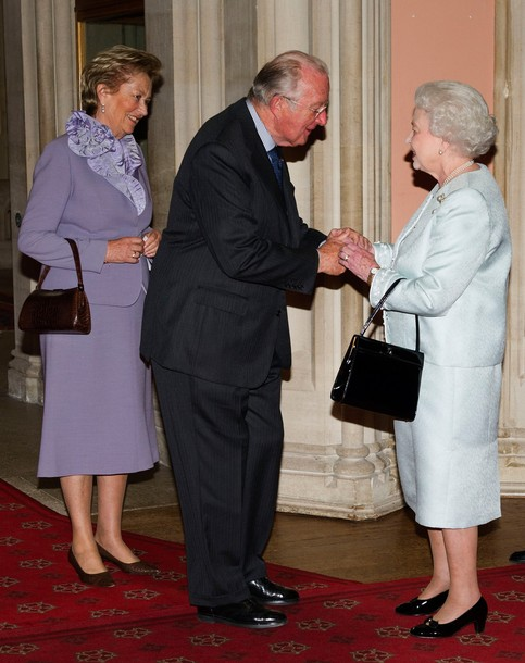 Elizabeth reçoit pour le déjeuner de son jubilé