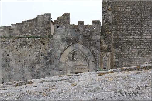 Abbaye de Montmajour extérieurs la Chapelle Saint-Pierre