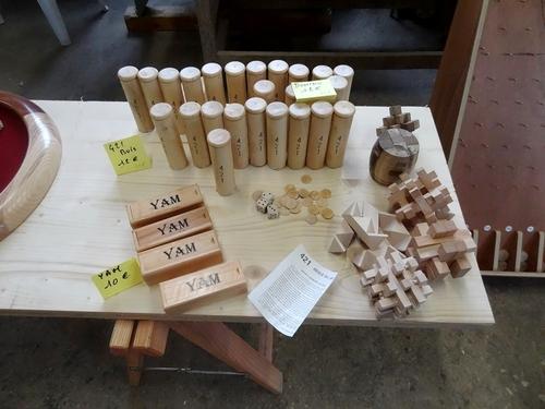 Laurent Chambon, menuisier à Montigny sur Aube, a ouvert son atelier pour présenter ses jeux en bois...