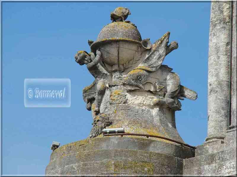 La Rochelle la Grosse Horloge détail