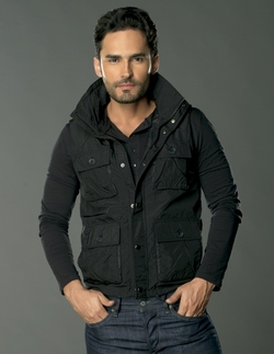 Willy Del Castillo ( Fabian Rios)