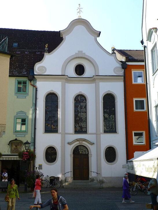 Krippkirche St. Nikolaus Füssen.jpg