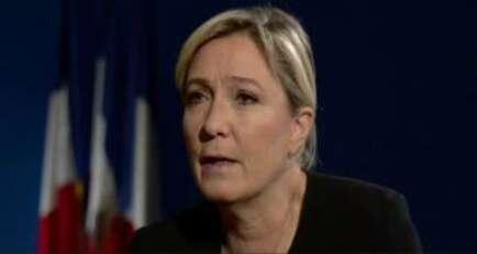 CHANTOUVIVELAVIE : Marine Le Pen sur la BBC fait enrager au Royaume-Uni