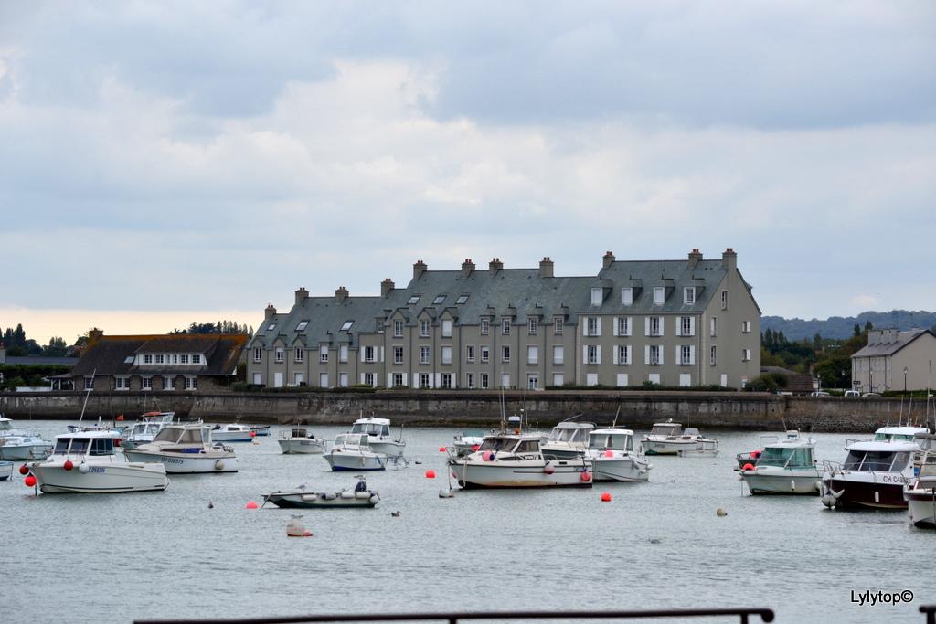 De Barfleur à Saint Vaast La Hougue