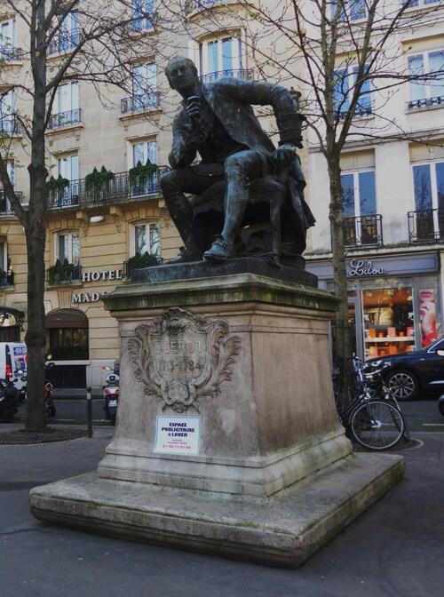 Et toujours les Jardins du Louvre et même Descartes!