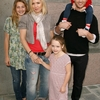 Peter Facinelli avec sa famille au 1er festival Milk