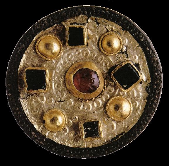 Fibule ronde mérovingienne en bronze