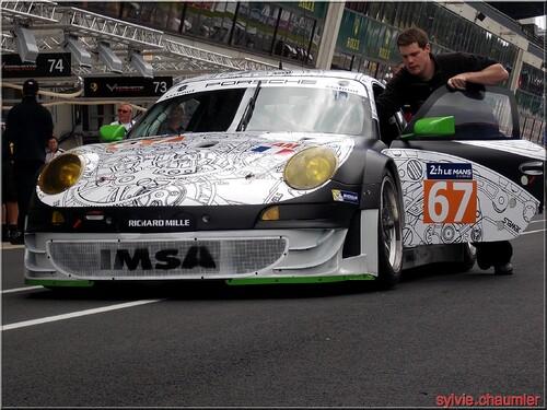 Les vérifications administratives et techniques des  24 Heures du Mans  le  30 et 31 mai 2014