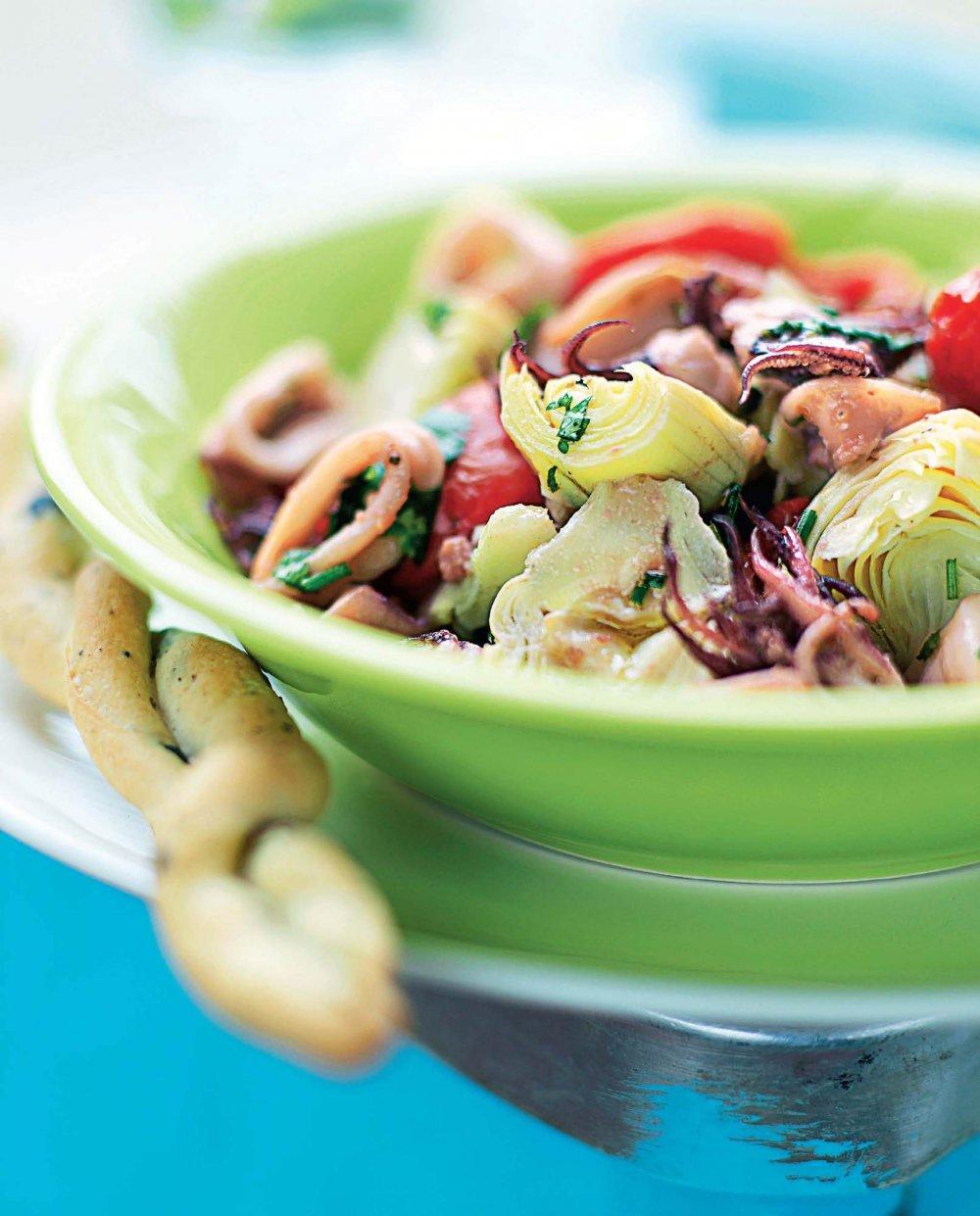 Salade italienne aux artichauts et calamars