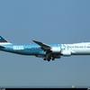 B-LJA-Cathay-Pacific-Boeing-747-8_PlanespottersNet_230696