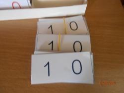Casiers pour les petites cartes des symboles