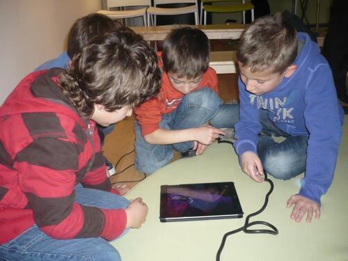 La classe de CP-CE1 à la découverte des nouvelles technologies