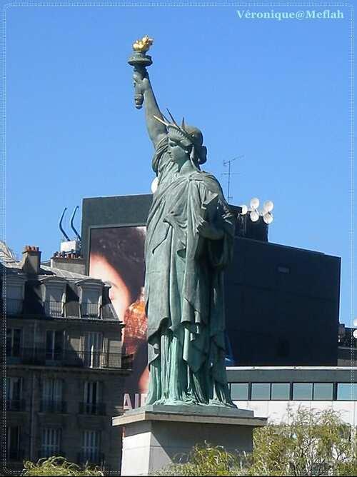 L'Île aux Cygnes : statue de la Liberté