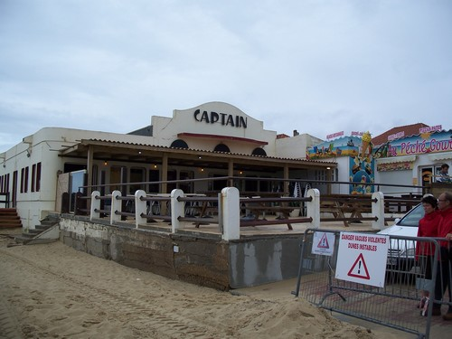 le captain bar