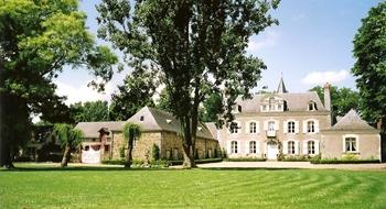 facade chateau