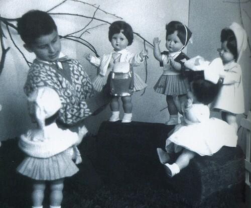 Série Les petites filles de france (suite)