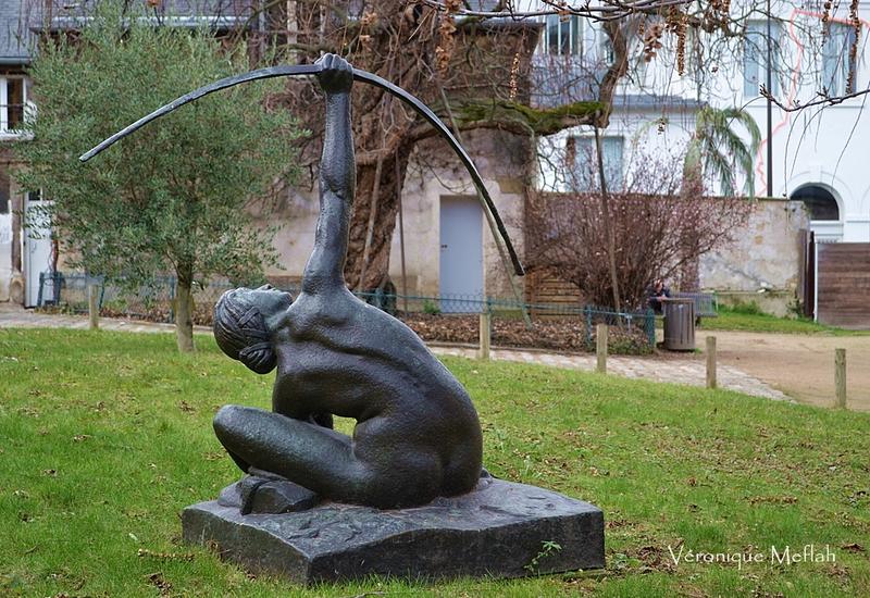 Jardin des Plantes : La femme archer