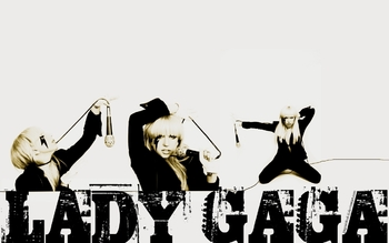 Lady-Gaga-Wallpaper-012