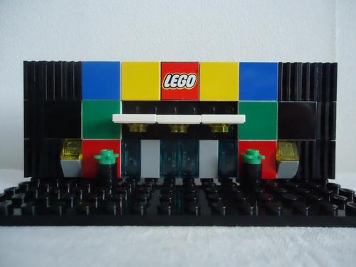 MON MINI MOC DU LEGO STORE