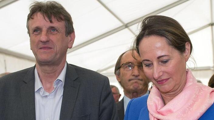 L'ancienne présidente de la région Poitou-Charentes Ségolène Royal et son successeur Jean-François Macaire.