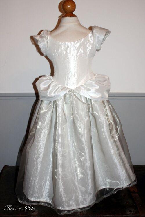 robe couleur de lune