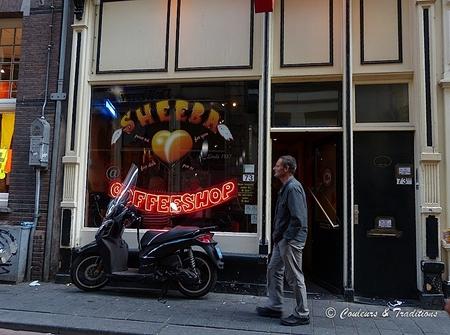 Ambiance des quartiers d'Amsterdam - 1