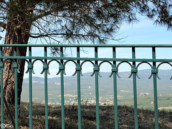 La-Provence-en-Mai 3702